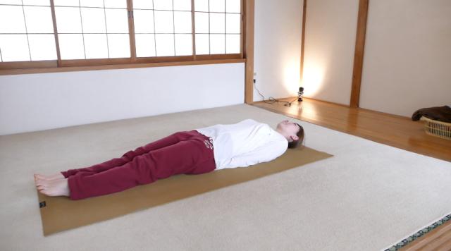 肩甲骨のストレッチ・寝技2