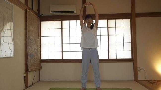 側屈の腸腰筋ストレッチ