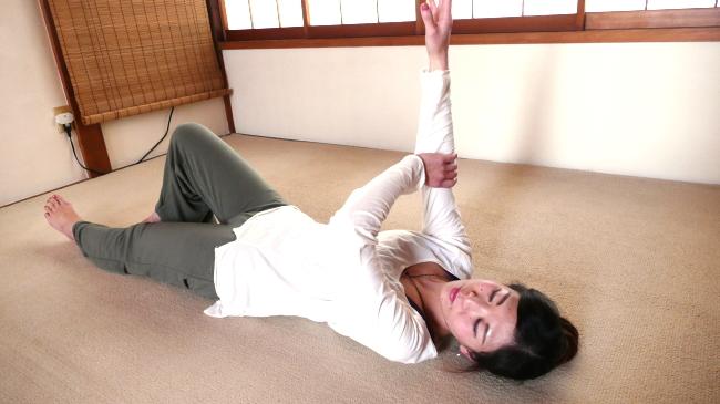 脊柱起立筋の緩め方